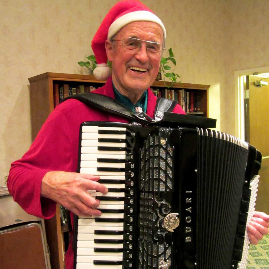 Papa Heinz on accordion
