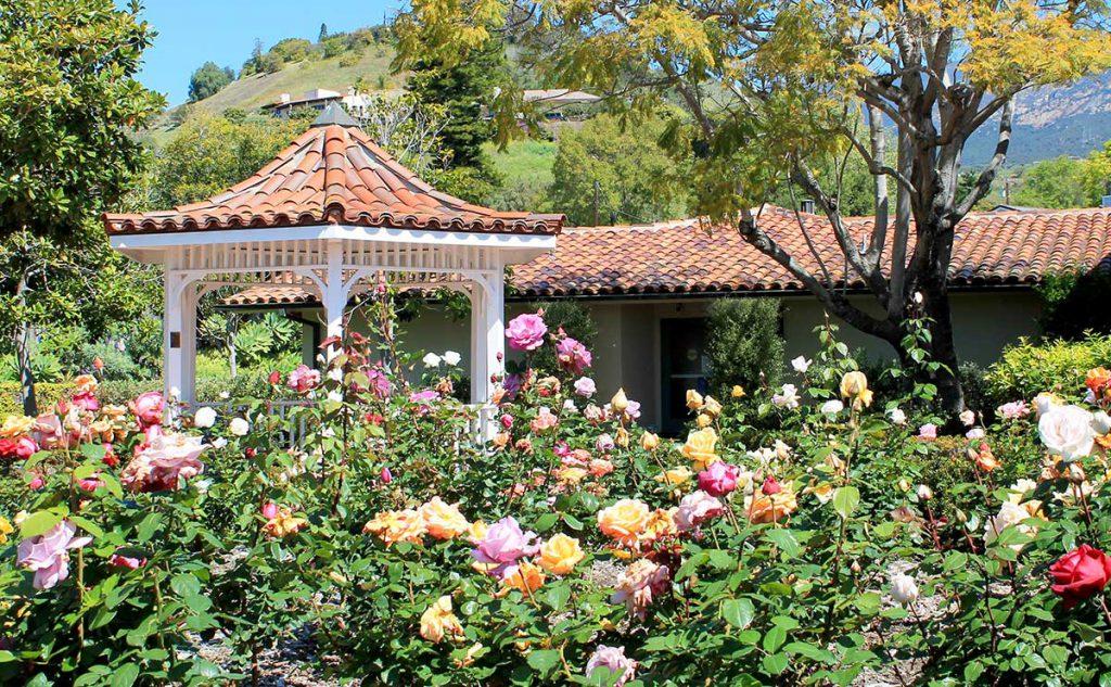 Garden Gazebo at Wood Glen Hall Assisted Living